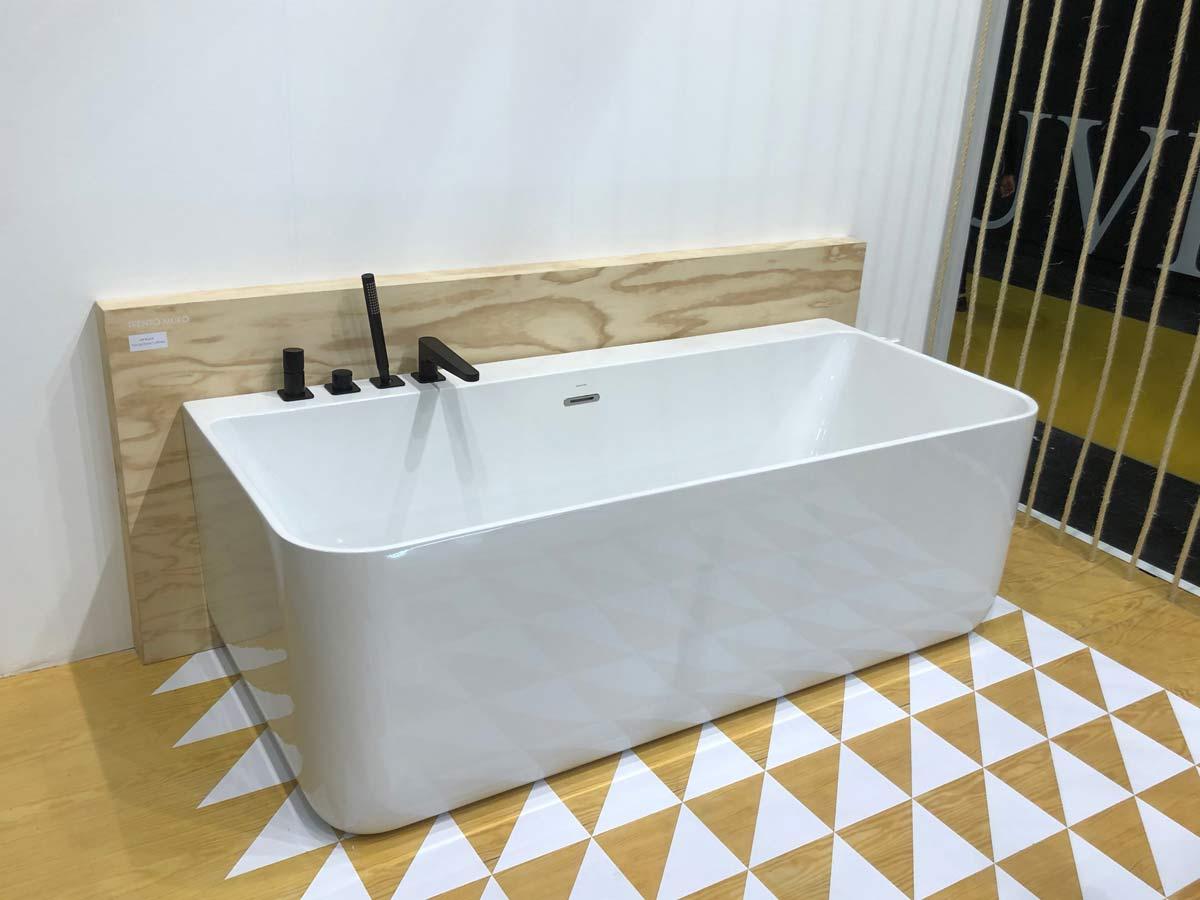 baignoire rectanglulaire sol motif